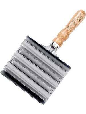 Lincoln-Large-Metal-Curry-Comb